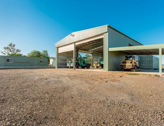 Industrial Shed on 8,000m² | Rod Harms Rural